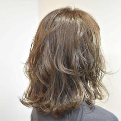 リラックス 外ハネ ミディアム ガーリー ヘアスタイルや髪型の写真・画像