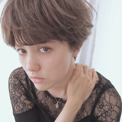 ナチュラル 外国人風 アッシュ ショート ヘアスタイルや髪型の写真・画像