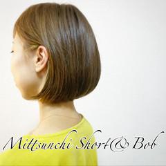 インナーカラー ショートボブ ショートヘア ナチュラル ヘアスタイルや髪型の写真・画像