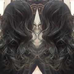 暗髪 アッシュ 外国人風 グラデーションカラー ヘアスタイルや髪型の写真・画像