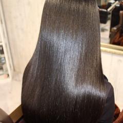 フェミニン 黒髪 艶髪 トリートメント ヘアスタイルや髪型の写真・画像