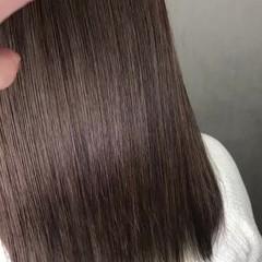 インナーカラー グレージュ セミロング ハイライト ヘアスタイルや髪型の写真・画像