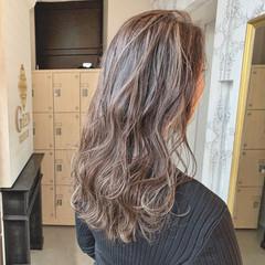 ヘアカラー 簡単スタイリング ナチュラル セミロング ヘアスタイルや髪型の写真・画像