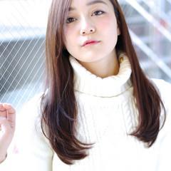 フェミニン かわいい ストレート ロング ヘアスタイルや髪型の写真・画像
