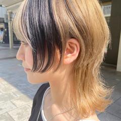 ブリーチ ウルフカット アッシュベージュ ミディアム ヘアスタイルや髪型の写真・画像