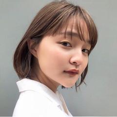 アンニュイほつれヘア 大人かわいい オフィス ナチュラル ヘアスタイルや髪型の写真・画像
