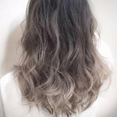ストリート 黒髪 グラデーションカラー セミロング ヘアスタイルや髪型の写真・画像
