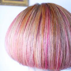 ピンク ボブ インナーカラー ナチュラル ヘアスタイルや髪型の写真・画像