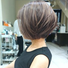 ショートヘア フェミニン コントラストハイライト ショート ヘアスタイルや髪型の写真・画像