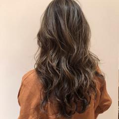 ヘアカラー ロング 春ヘア ナチュラル ヘアスタイルや髪型の写真・画像