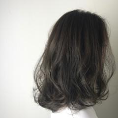 エレガント 外国人風カラー セミロング 上品 ヘアスタイルや髪型の写真・画像