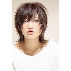 ミディアム ナチュラルウルフ ニュアンスウルフ ウルフ女子 ヘアスタイルや髪型の写真・画像