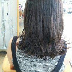 ナチュラル 暗髪 くせ毛風 ストリート ヘアスタイルや髪型の写真・画像