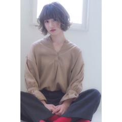 ショートボブ フェミニン ボブ ショート ヘアスタイルや髪型の写真・画像