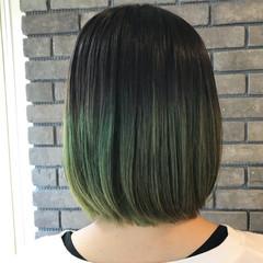カーキ グリーン 抜け感 大人かわいい ヘアスタイルや髪型の写真・画像