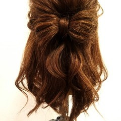 セミロング ヘアアレンジ 簡単ヘアアレンジ ハーフアップ ヘアスタイルや髪型の写真・画像
