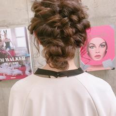簡単ヘアアレンジ パーティ 成人式 ミディアム ヘアスタイルや髪型の写真・画像