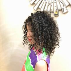 グラデーションカラー ユニコーンカラー インナーカラー ハイライト ヘアスタイルや髪型の写真・画像