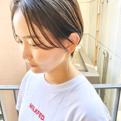 オフィス ショートヘア ナチュラル デート ヘアスタイルや髪型の写真・画像