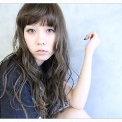 外国人風 フェミニン 3Dカラー ストリート ヘアスタイルや髪型の写真・画像