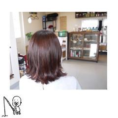 ワンレングス 外ハネ ナチュラル ピンク ヘアスタイルや髪型の写真・画像