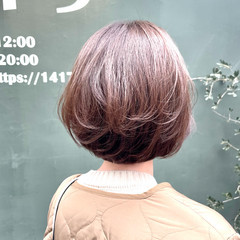 フェミニン ショートボブ 切りっぱなしボブ ミニボブ ヘアスタイルや髪型の写真・画像