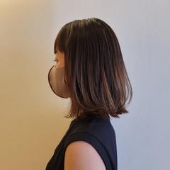 切りっぱなしボブ レイヤーカット ミディアム ブラントカット ヘアスタイルや髪型の写真・画像