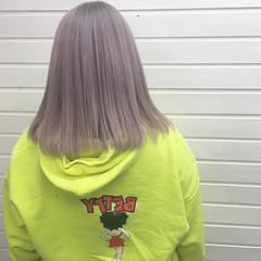 ホワイトアッシュ ストリート アッシュグレージュ 切りっぱなしボブ ヘアスタイルや髪型の写真・画像
