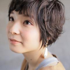 ナチュラル アウトドア ヘアアレンジ メンズ ヘアスタイルや髪型の写真・画像