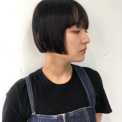 切りっぱなしボブ ワイドバング ミニボブ ストリート ヘアスタイルや髪型の写真・画像