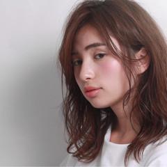 簡単ヘアアレンジ ミディアム ナチュラル 大人かわいい ヘアスタイルや髪型の写真・画像