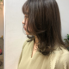 レイヤースタイル 透明感カラー 大人ハイライト ナチュラル ヘアスタイルや髪型の写真・画像