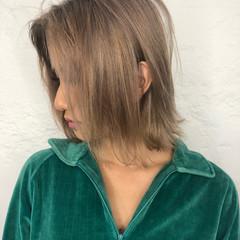 ベージュ 透明感カラー ストリート ヘアカラー ヘアスタイルや髪型の写真・画像