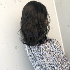 ミニボブ ショートボブ ダークカラー ナチュラル ヘアスタイルや髪型の写真・画像