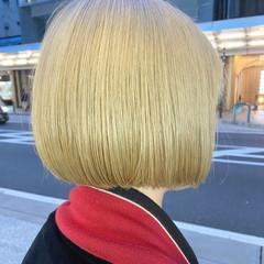 ボブ アッシュ ブリーチカラー ホワイトブリーチ ヘアスタイルや髪型の写真・画像