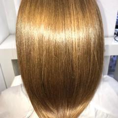 セミロング 美髪 ナチュラル ツヤ髪 ヘアスタイルや髪型の写真・画像