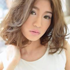 ミディアム ストリート 外国人風 外国人風カラー ヘアスタイルや髪型の写真・画像