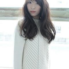 巻き髪 大人かわいい ロング 大人女子 ヘアスタイルや髪型の写真・画像