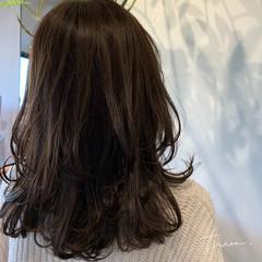ナチュラル パーマ セミロング 毛先パーマ ヘアスタイルや髪型の写真・画像