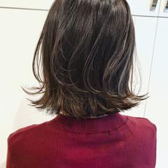 バレイヤージュ ハイライト ゆるふわ 外国人風カラー ヘアスタイルや髪型の写真・画像