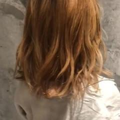 ブリーチ ストリート ヌーディベージュ 切りっぱなしボブ ヘアスタイルや髪型の写真・画像