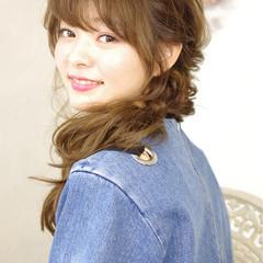 簡単ヘアアレンジ フェミニン ピュア ショート ヘアスタイルや髪型の写真・画像