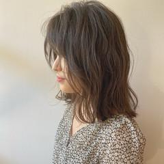 ベージュ アッシュベージュ ナチュラルベージュ ナチュラル ヘアスタイルや髪型の写真・画像