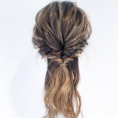 くるりんぱ フェミニン ロング オフィス ヘアスタイルや髪型の写真・画像