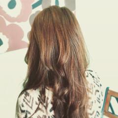 外国人風 ロング ナチュラル ハイライト ヘアスタイルや髪型の写真・画像