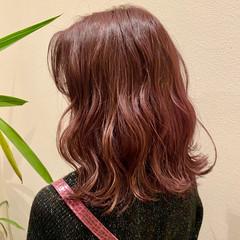 ピンク フェミニン ボブ ピンクベージュ ヘアスタイルや髪型の写真・画像