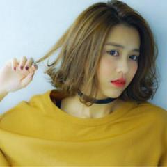 パーマ 外国人風 ボブ くせ毛風 ヘアスタイルや髪型の写真・画像