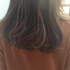 大人かわいい ハイライト 外国人風 ミディアム ヘアスタイルや髪型の写真・画像