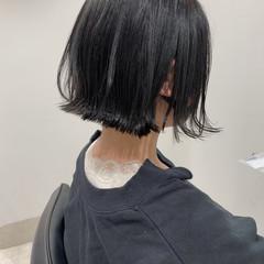 ナチュラル ミニボブ 暗髪 切りっぱなしボブ ヘアスタイルや髪型の写真・画像