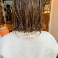 ハイトーンカラー ミニボブ 大人ハイライト 切りっぱなしボブ ヘアスタイルや髪型の写真・画像